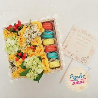 Macarons y flores intensas