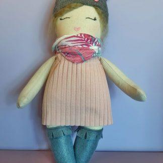 muñeca de trapo Clementina dichosa